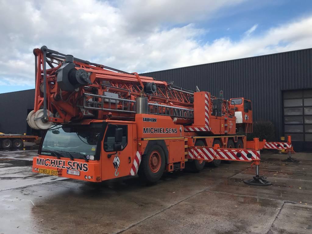 Liebherr MK 100, Tower cranes, Construction
