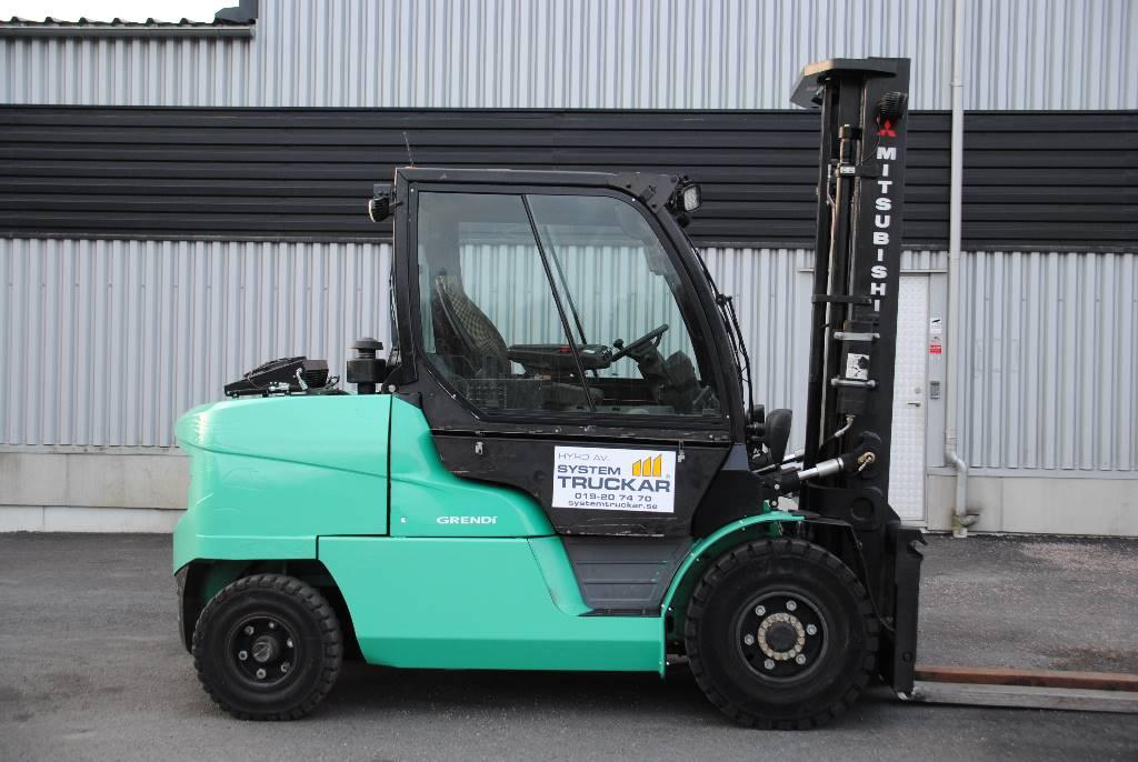 Mitsubishi FD55N, Dieselmotviktstruckar, Materialhantering