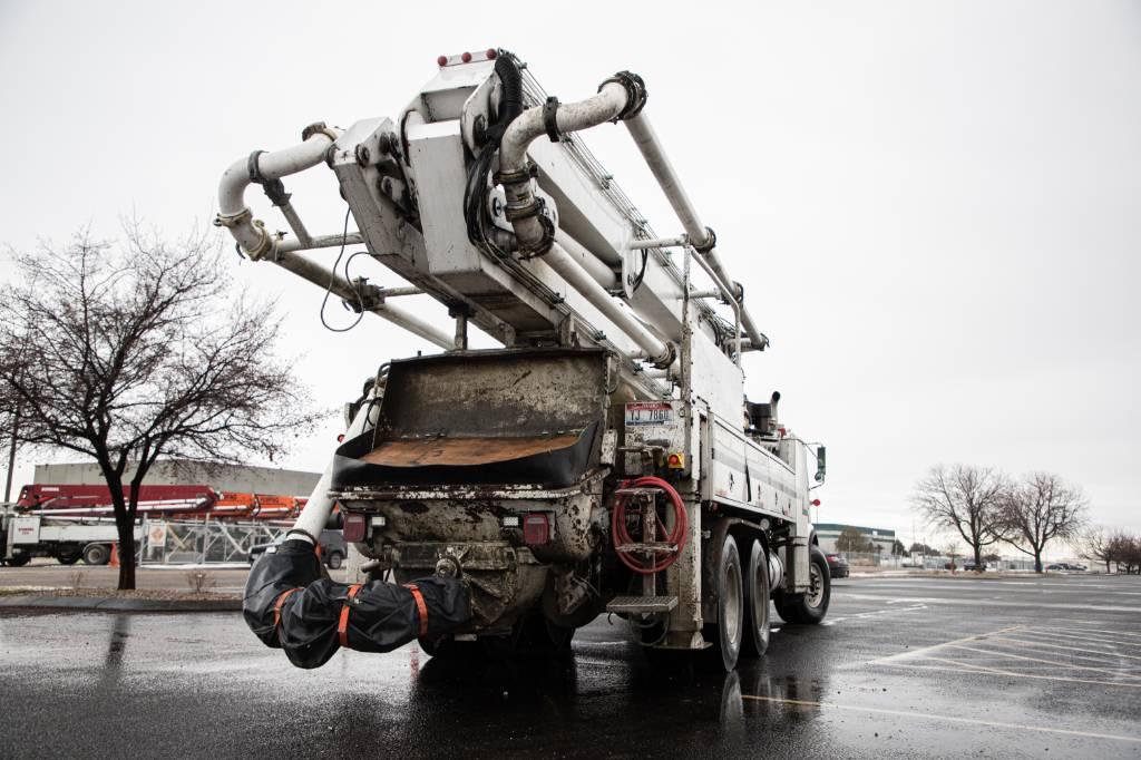 Schwing 35 Meter, Boom Pumps, Construction Equipment