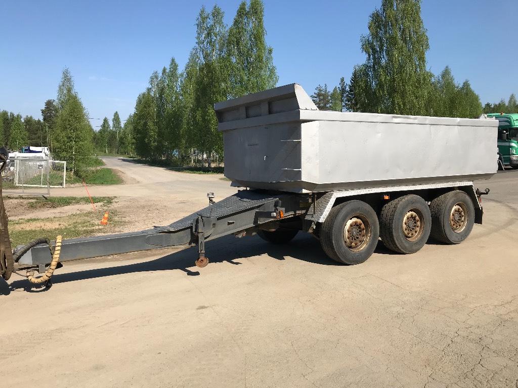 Maur Keskiakseliperävaunu kipillä, Kippiperävaunut, Kuljetuskalusto