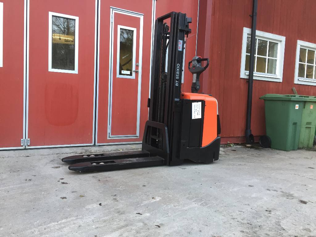 BT SPE 125L, Lagertruckar, Materialhantering