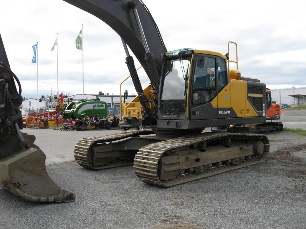 Volvo grävmaskin EC 300 EL, Bandgrävare, Entreprenad