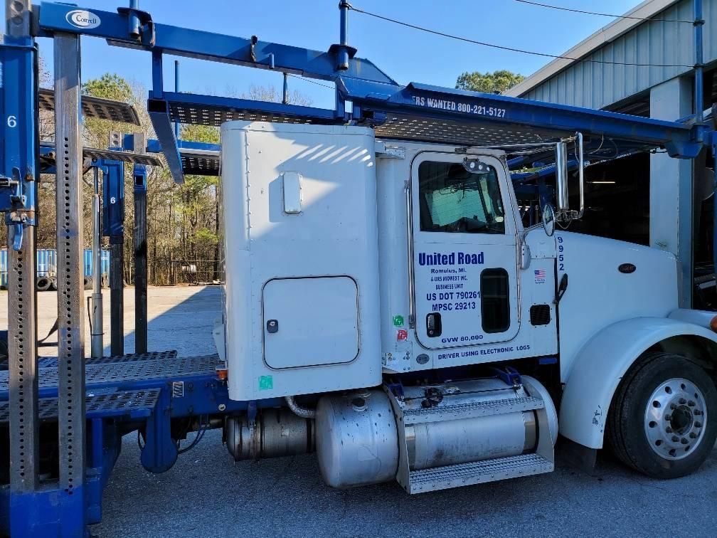 9952- Modified Sleeper Peterbilt 365- Modified Sleeper, Car Haulers, Trucks and Trailers
