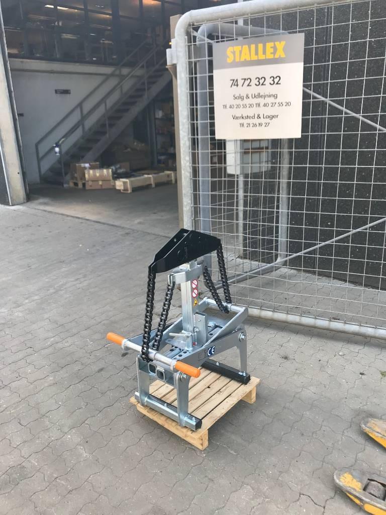 [Other] Element tang 1500 kg, Gribere, Entreprenør
