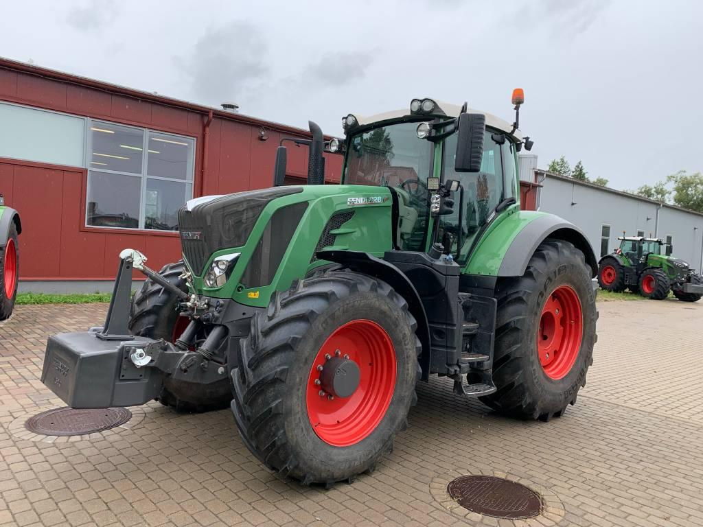 Fendt 828 Vario S4, Traktori, Lauksaimniecība