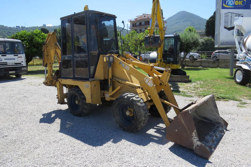 Fiori FA 30, Backhoe Loaders, Construction Equipment