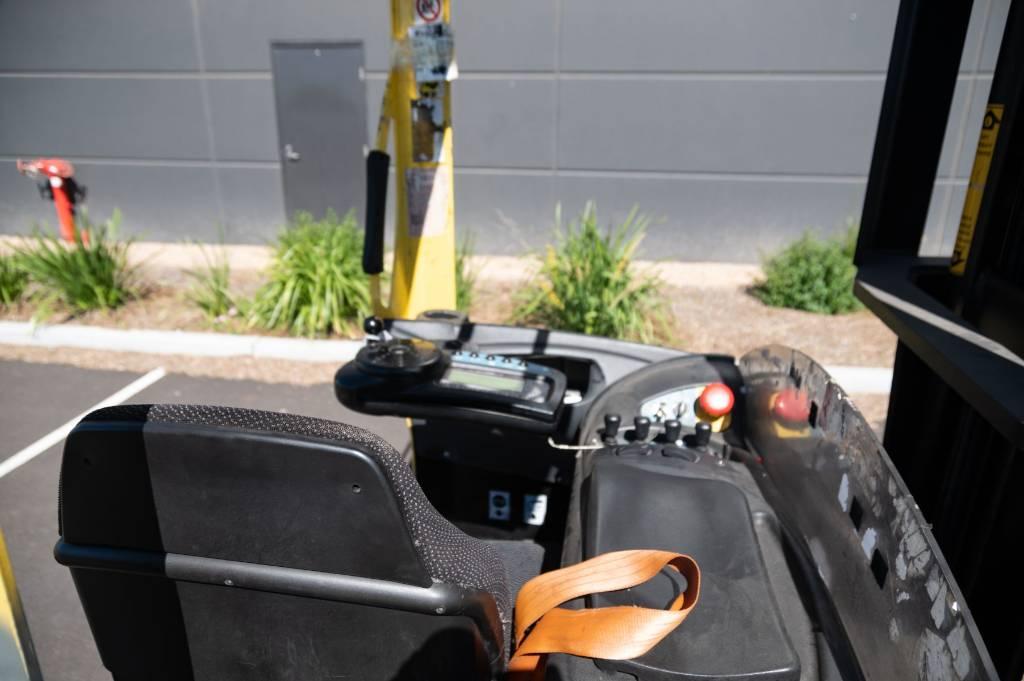 Hyster R2.0H, Reach Trucks, Material Handling