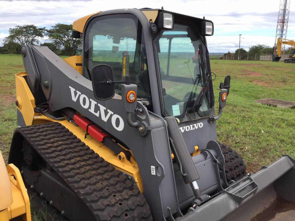 volvo mct125c compact track skid steer construction. Black Bedroom Furniture Sets. Home Design Ideas