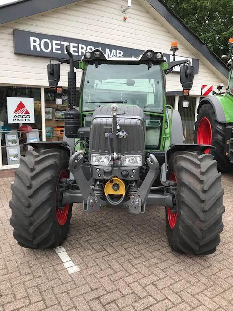 Fendt 211 S VARIO S3, Tractoren, Landbouw