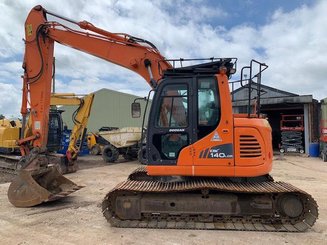 Doosan DX 140 LCR, Crawler excavators, Construction