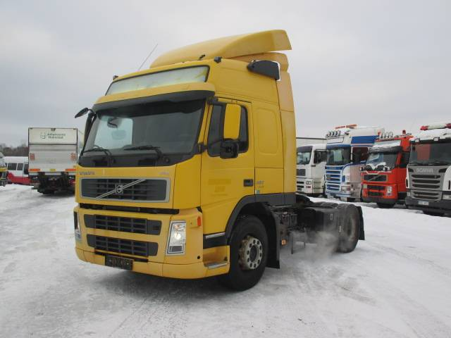 Volvo FM380, Sadulveokid, Transport