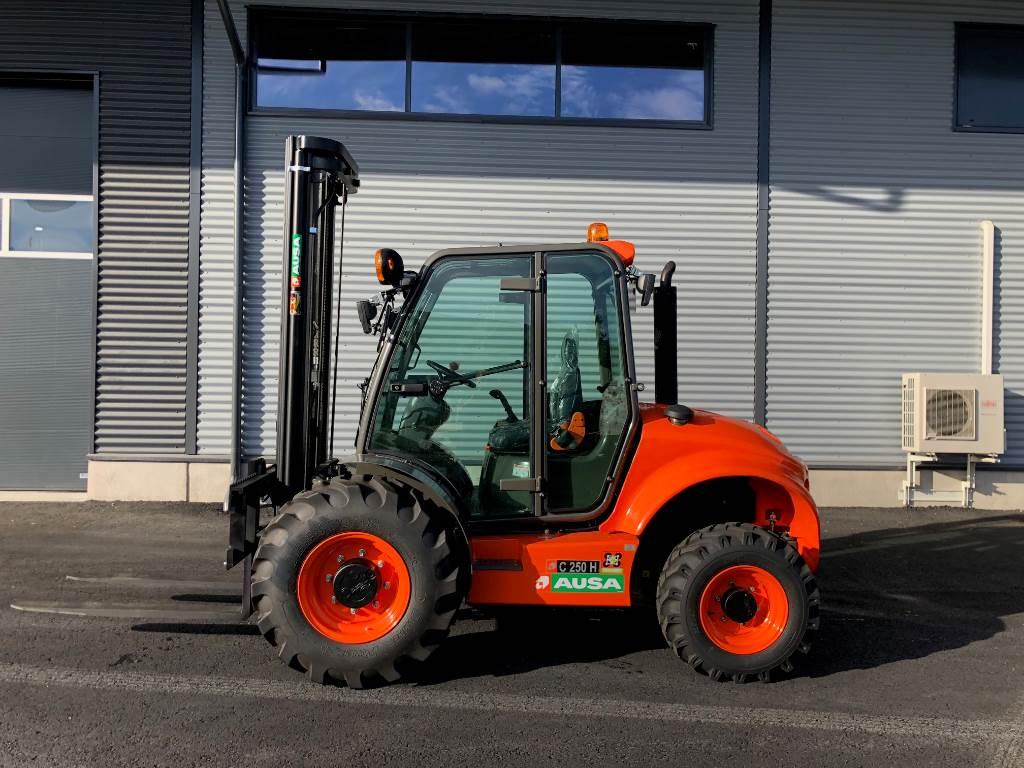 Ausa C250 Hx4 maastotrukki, Dieseltrukit, Materiaalinkäsittely