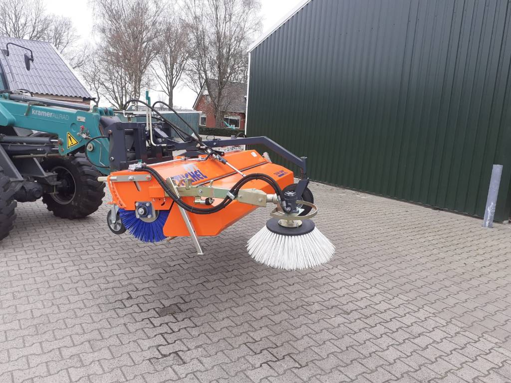 Tuchel veegmachine 2,3 mtr, Farm Equipment - Others, Agriculture