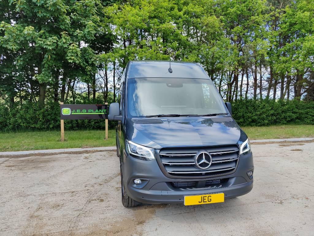Mercedes-Benz Sprinter 319 CDI 3.0 V6 5dr Panel Van, Panel vans, Transportation