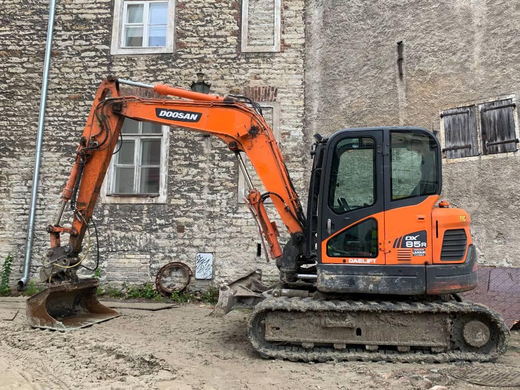 Doosan DX 80 R, Midi excavators  7t - 12t, Construction