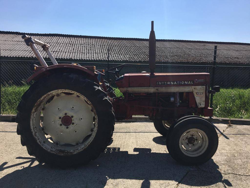 International 423, Tractoren, Landbouw