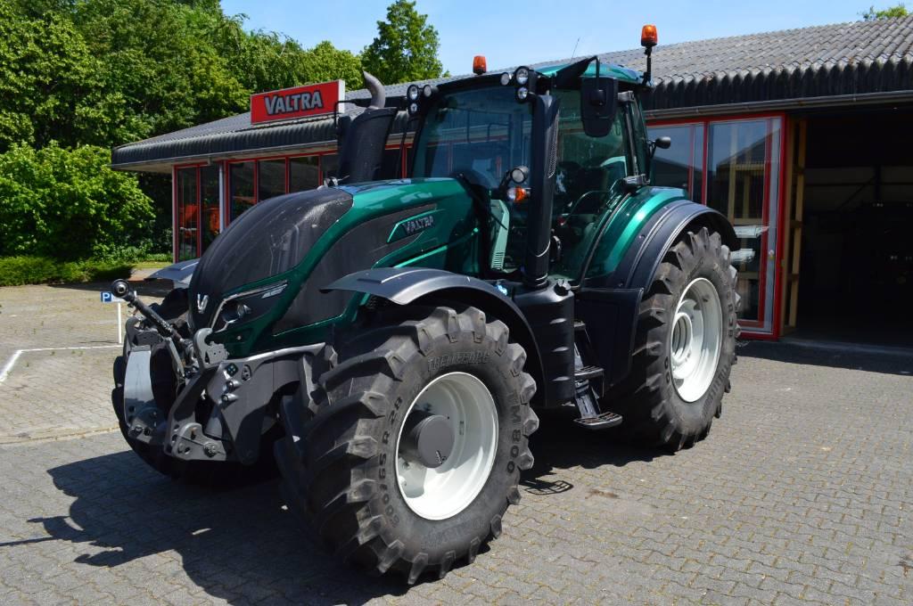 Valtra T214 Direct, Tractoren, Landbouw