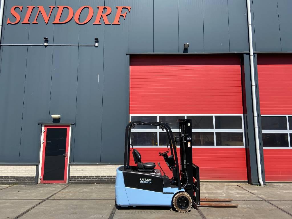 Utilev UT20PTE 2000 kg heftruck. Triplo/sideshift, Elektrische heftrucks, Laden en lossen