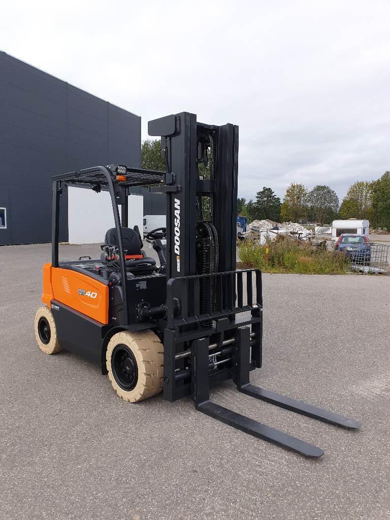 Doosan B40X-7 - 4,0 t el. truck - 6,05 m LH (PÅ LAGER), Elektriske trucker, Truck