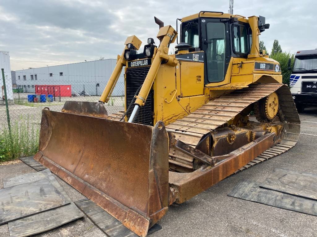 Caterpillar D 6 R LGP II, Dozers, Construction