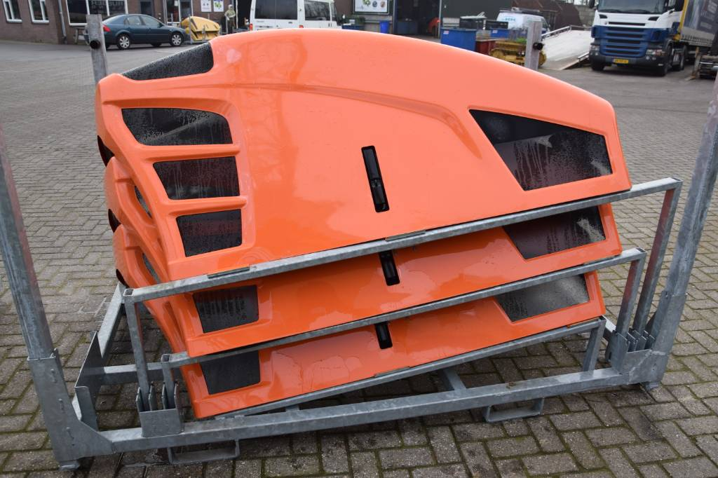 JLG Telehandler Engine covers, Chassis and suspension, Construction