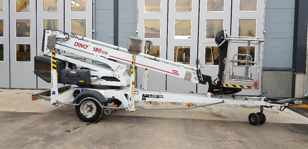 Dino 180 XTB, Skylift, Entreprenad