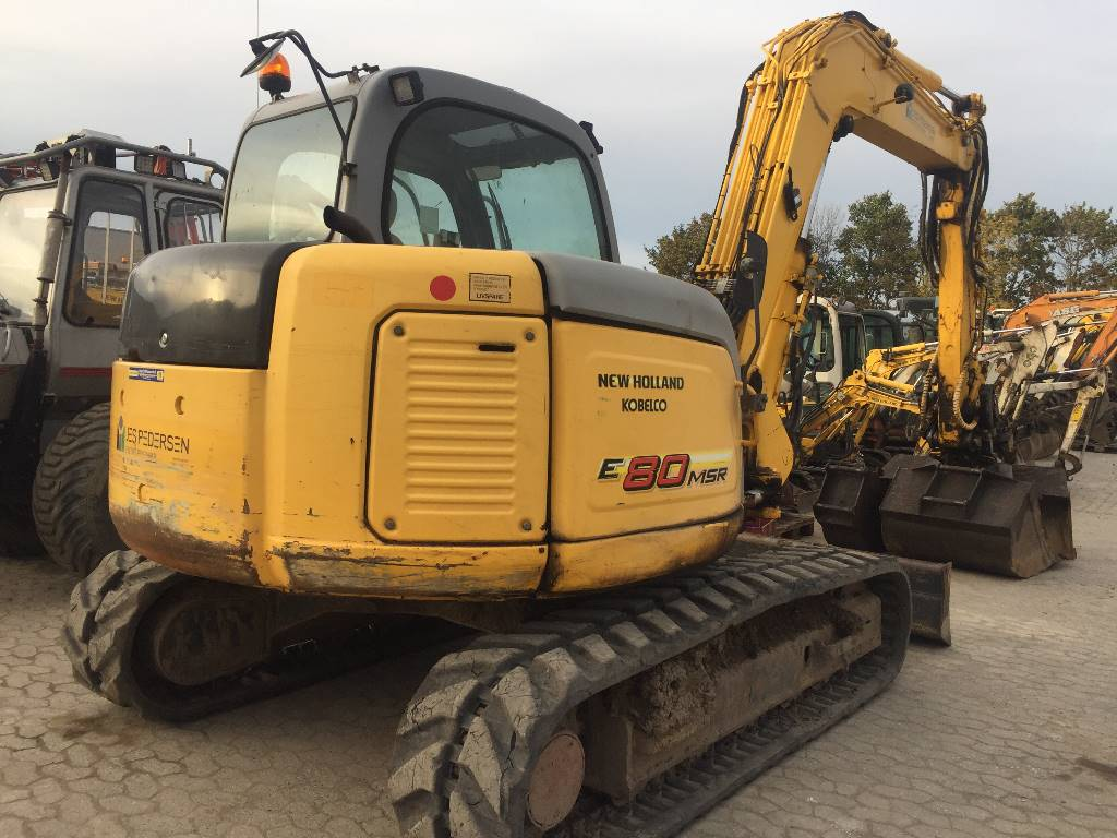New Holland E80 SR, MINIGRAVERE, Entreprenør