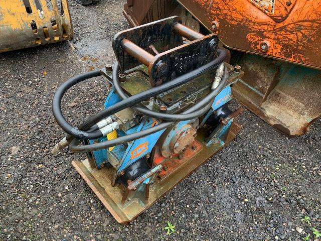 SMP XC50, Plate compactors, Construction