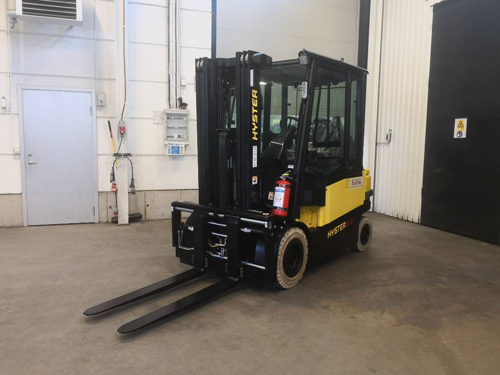 Hyster J3.0XN, Electric counterbalance Forklifts, Material Handling