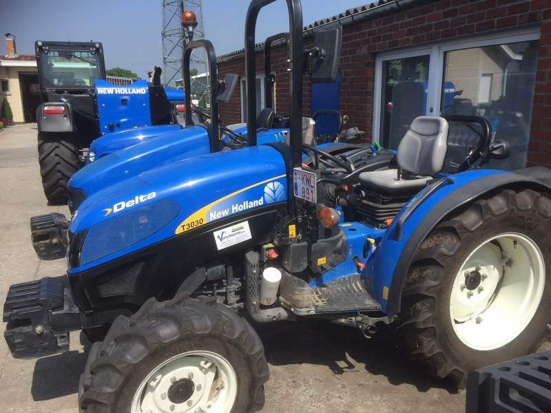 New Holland Boomer 1025 T1030