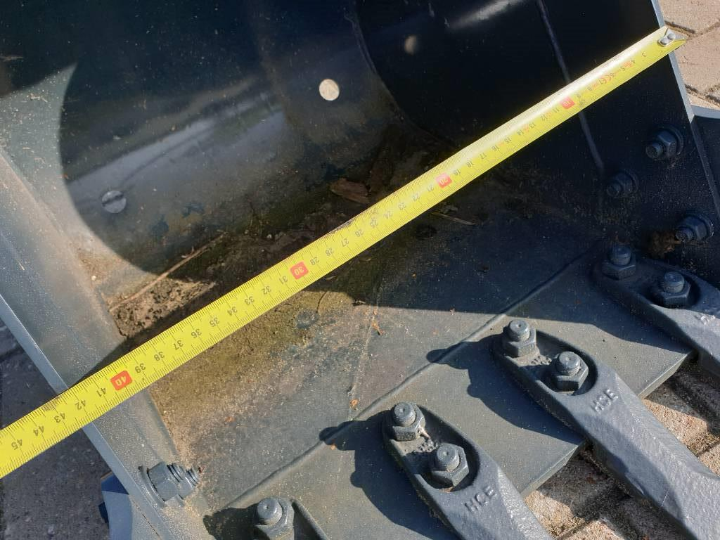 Hyundai Excavator bucket, Buckets, Construction