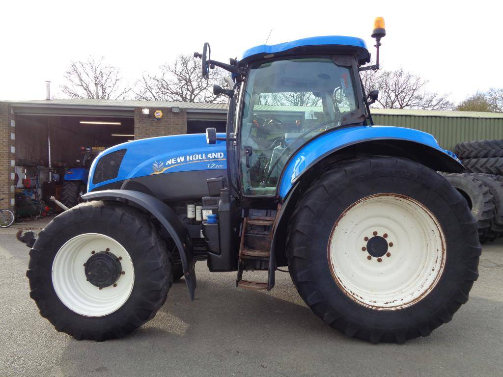 New Holland T 7.200 RC, Tractors, Agriculture