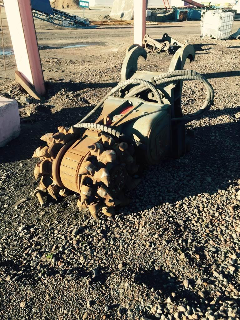 SMC XRC 120-3E hydraulisk fräs, Fräsar, Entreprenad