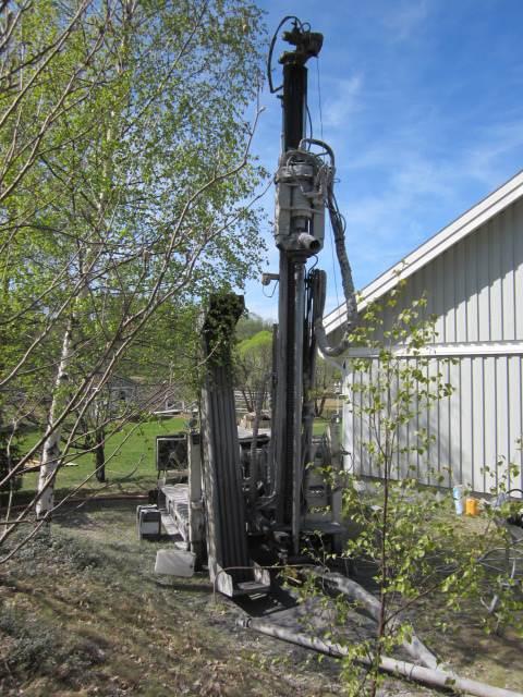 Nemek 407 RT + Sullair 425 XH, Borrutrustning för vattenborrning, Entreprenad