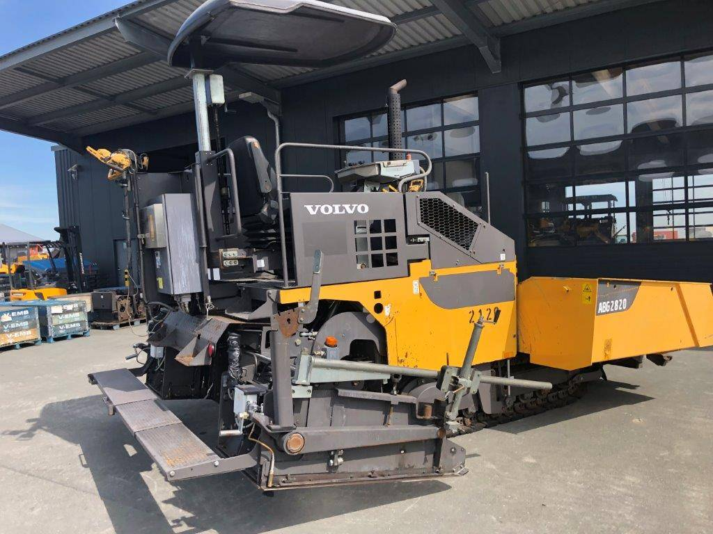 Volvo P 2820 ABG, Asphalt pavers, Construction Equipment