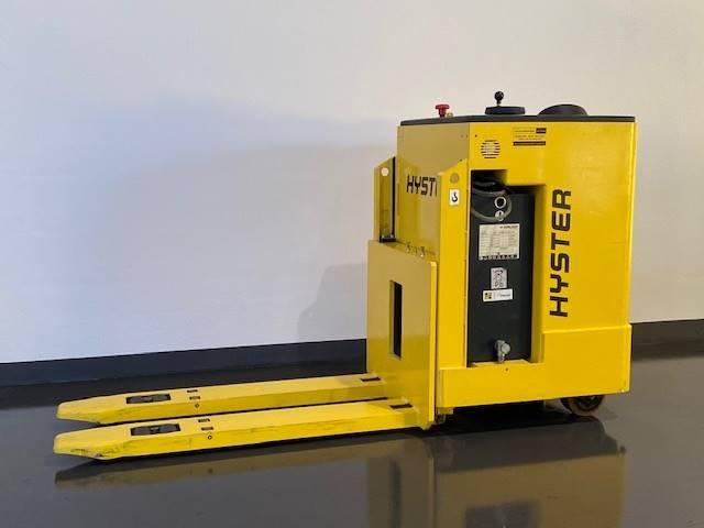Hyster RP2.0N, Self Propelled Stackers, Material Handling