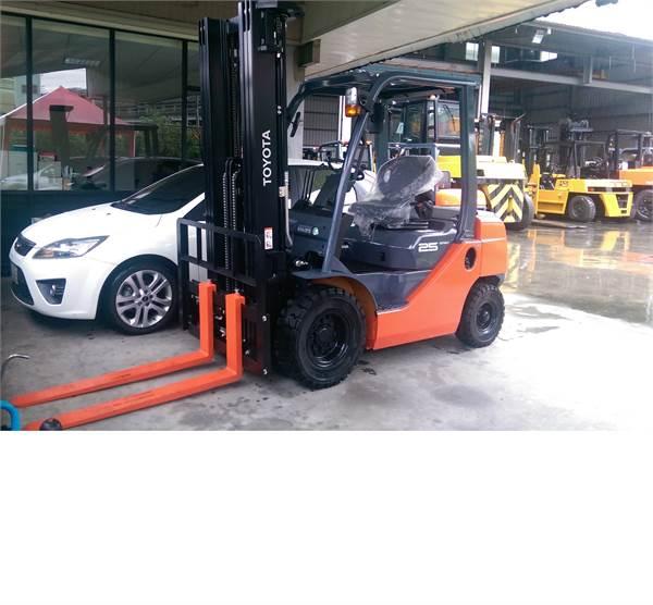 Toyota 2.5T 柴油 堆高機