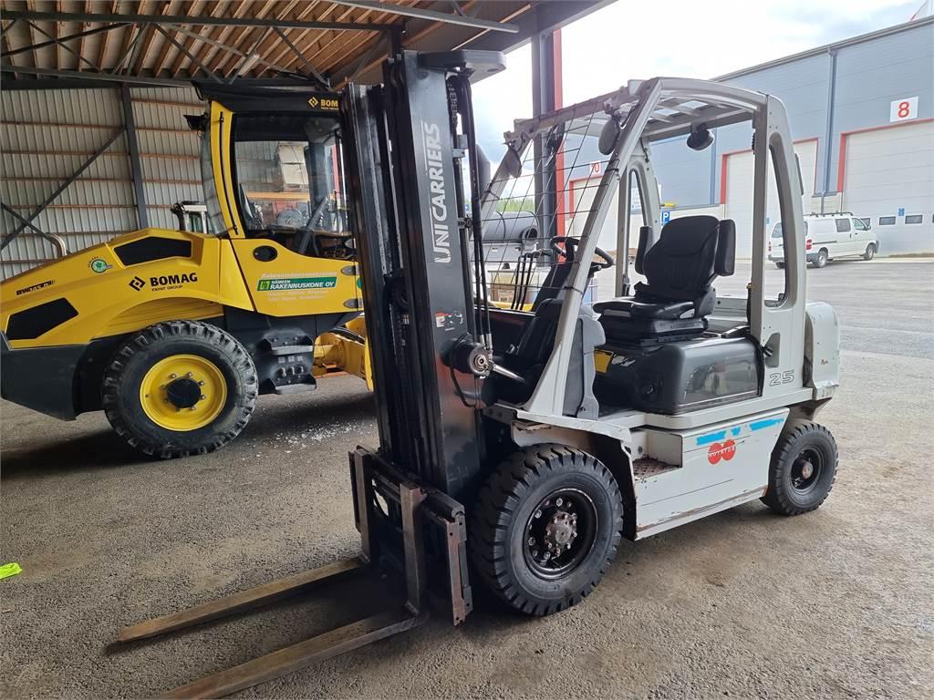 UniCarriers Y 1 D2 A25 Q, Diesel trucks, Material Handling
