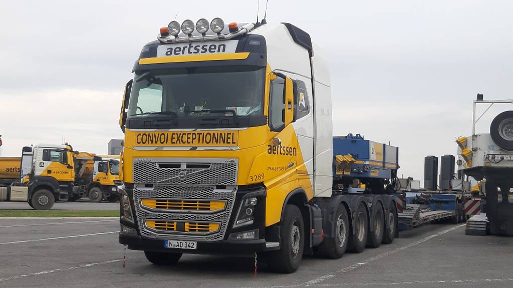 Volvo FH16 750 (with Faymonville Euro Mega 4 ZH), Tractor Units, Transportation