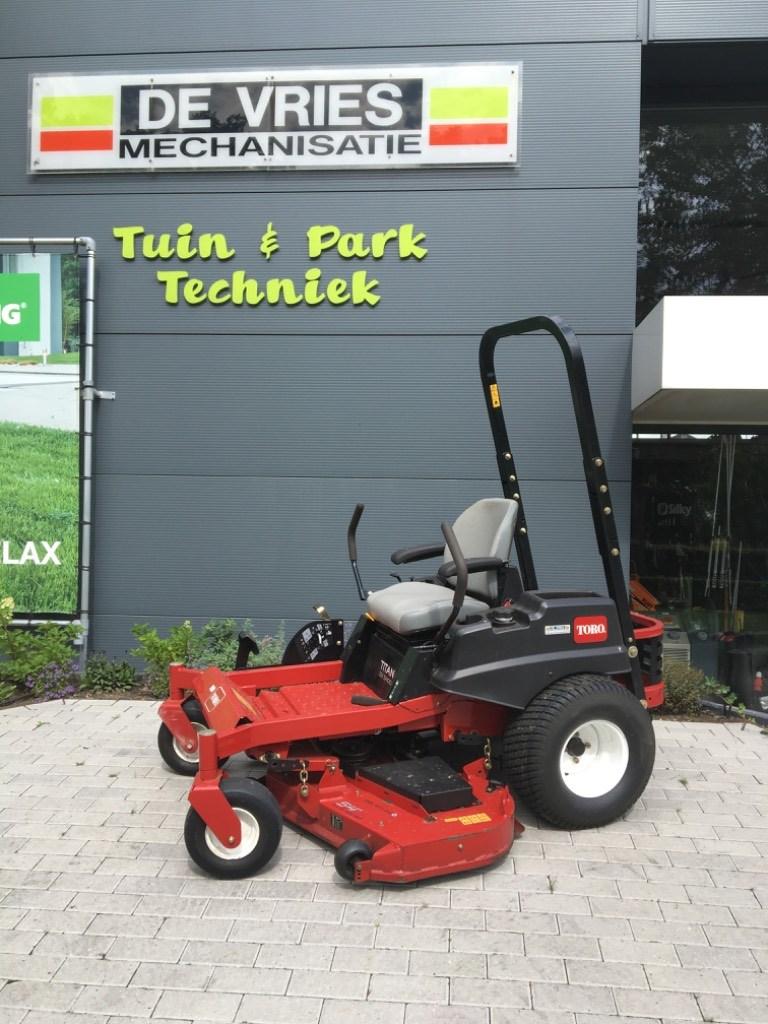 Toro TITAN ZX5400 137cm, Rijmaaiers, Terreinbeheer