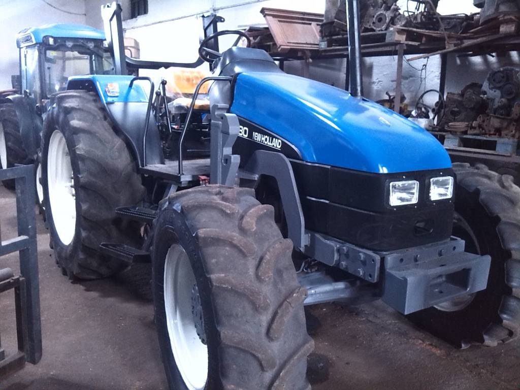 New Holland L 80