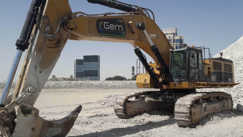 Caterpillar 390 D L ME (2pc), Crawler excavators, Construction