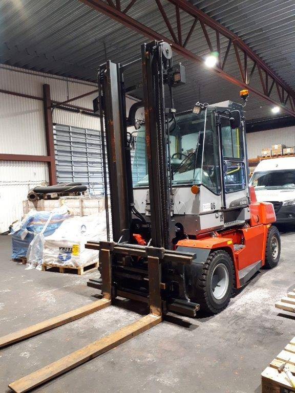 Kalmar DCF70-6, Diesel trucks, Material Handling