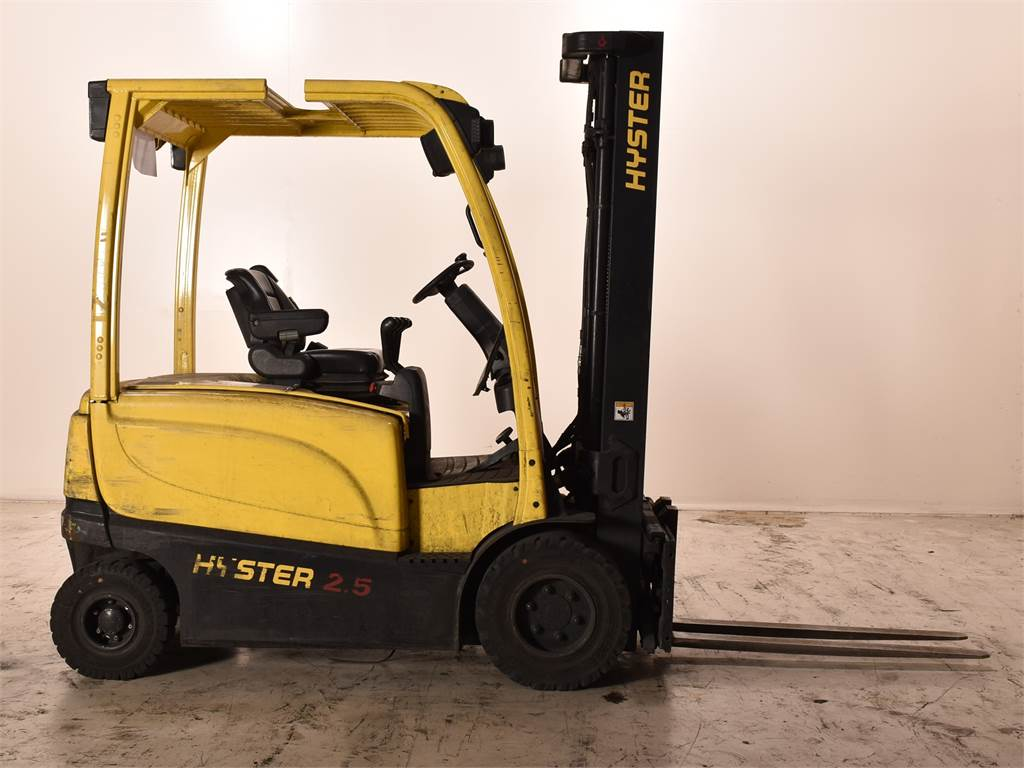 Hyster J2.5XN, Electric counterbalance Forklifts, Material Handling