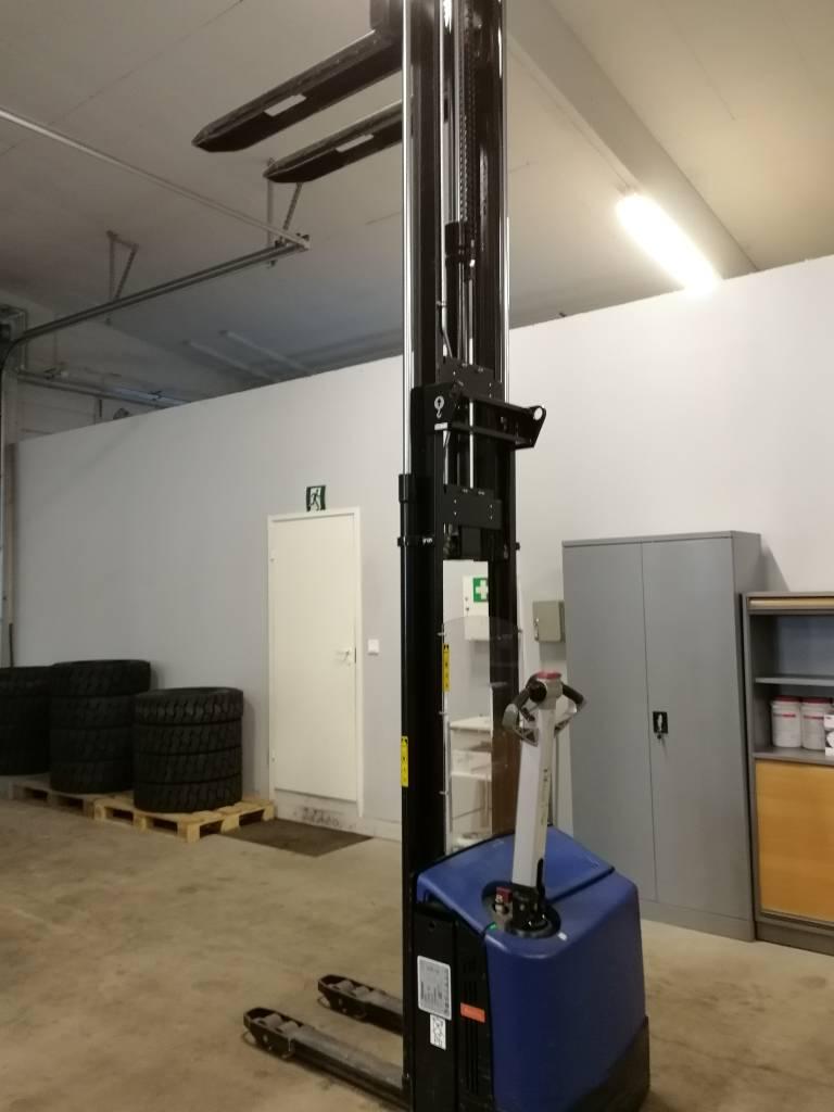Rocla SW 12 AC Dev 3600, Käyden ajettavat pinoamistrukit, Materiaalinkäsittely