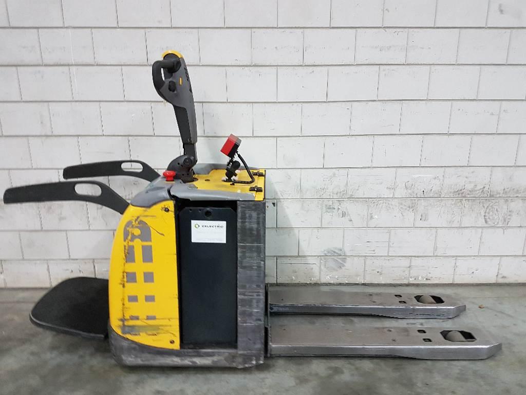 Atlet PLP200, Pallettruck met meerij platform, Laden en lossen