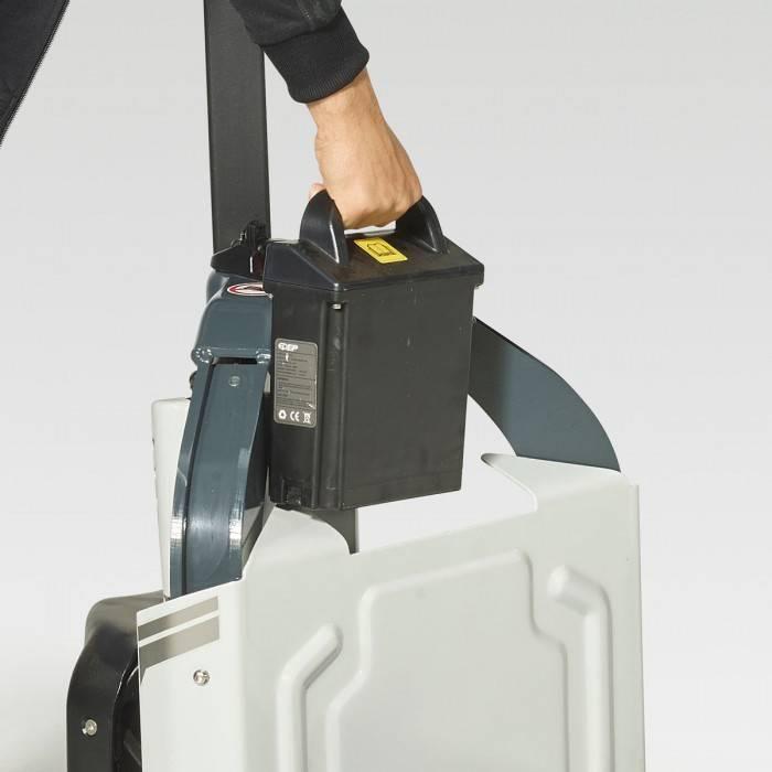 Handy LVK12-Li, Lavansiirtotrukit, Materiaalinkäsittely