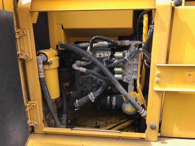 Komatsu PC120-6EO、油圧ショベル(ユンボ・パワーショベル・バックホー) 7t-12t、建設機械