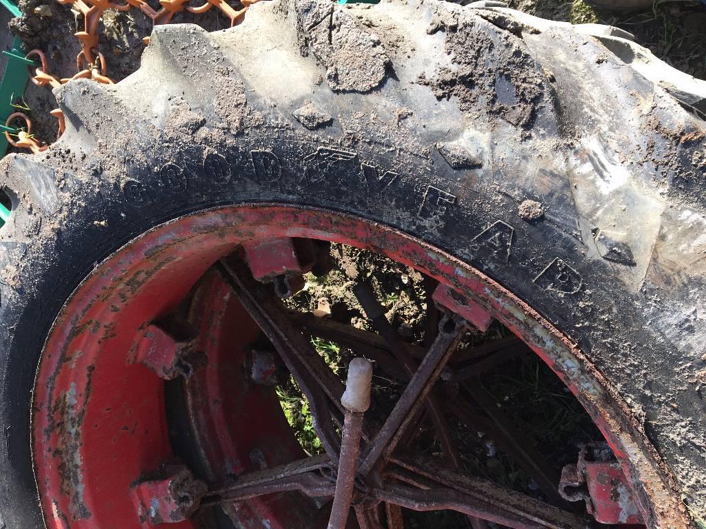 Goodyear 13.6-38 dubbellucht, Banden, wielen en velgen, All Used Machines