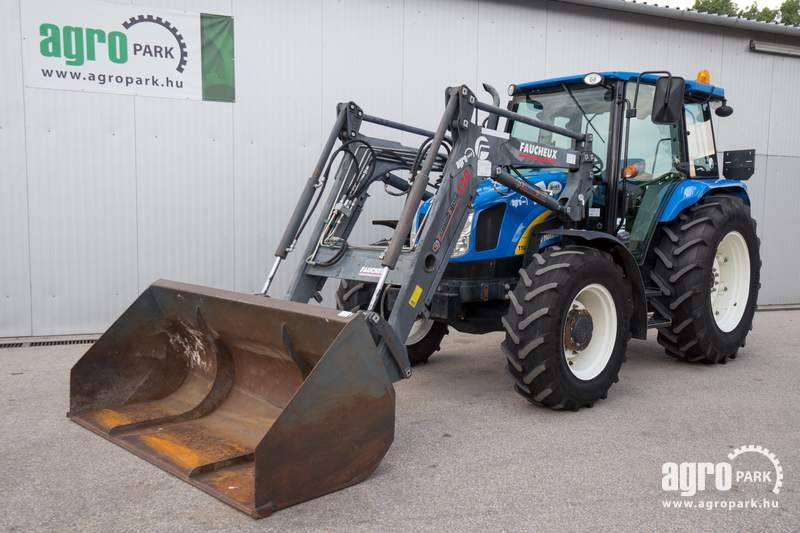New Holland T5050 (3876 hours), 20 12 transmission, 40 km h